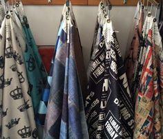Tecidos vendidos por metro em nossa loja e também no site www.rvalentim.com - Para revestir sofás, almofadas e muitos mais. Várias estampas exclusivas.