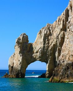 Repin if you'd like to add Playa del Amor in Cabo San Lucas, Mexico to your #BeachBucketList.