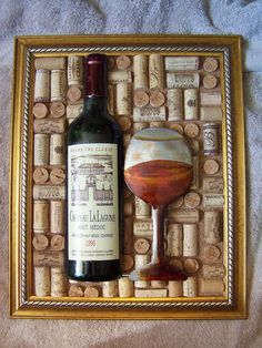Items similar to Large decorative wine cork picture / beautiful frame/ metal wine bottle decoration/ Christmas Gift on Etsy Wine Craft, Wine Cork Crafts, Wine Bottle Crafts, Reuse Wine Bottles, Wine Bottle Corks, Wine Cork Wreath, Wine Cork Art, Diy Cork, Wine Cork Projects