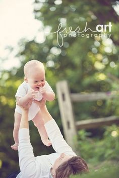 me and Caleb laying down doing airplane baby would be cute 6 Month Photography, Children Photography, Newborn Photography, Family Photography, Photography Ideas, 6 Month Pictures, 6 Month Baby Picture Ideas, Book Bebe, Baby Shooting