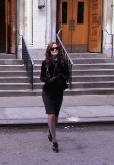 Blair Waldorf 1x08 Skirt:  Nanette Lapore  Shoes:  Nine West