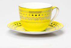 Curious Jumbo Cup & Saucer Chartreuse | T2 Tea