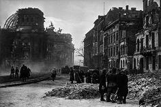 32 Rare and Amazing Vintage Photographs Capture the Ruins of Berlin Through a Soviet War Photographer ~ vintage everyday Rare Photos, Vintage Photographs, 2nd City, City Streets, Berlin Germany, World War Two, Photo Book, Wwii, History