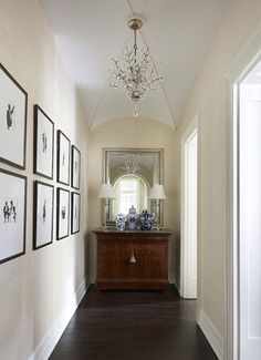 Photo Credit - Werner Straube Photography ; Suzanne Kipp Interiors....gorgeous ceiling!