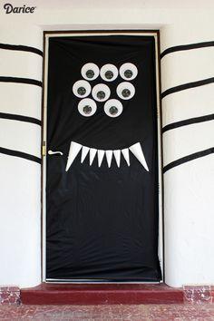 Spider-Halloween-Door-Decoration-Darice-2