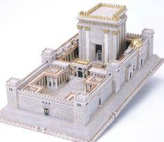 Commençé par David (-1000) construit par Salomon,détruit par Babylone,reconstruit ,redetruit par Rome
