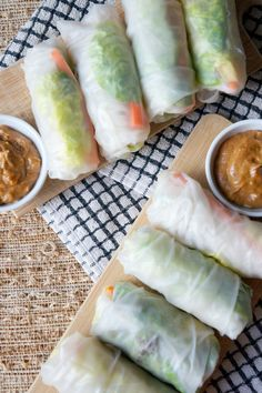 Fresh Veggie Rolls and Peanut Ginger Sauce | tomatoboots.co