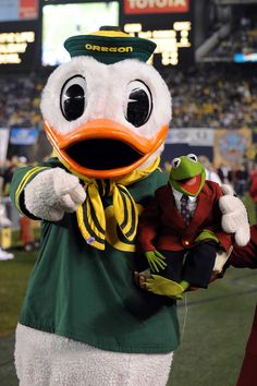 The Duck and his pal Kermit The Frog hanging at the 2008 Holiday Bowl.