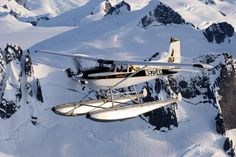 Bush plane in Alaska flying over snow-capped mountains. This single engine aircraft is outfitted with pontoons for water landings and takeoffs. Plane Photography, Photography Photos, Plane And Pilot, Amphibious Aircraft, Where Eagles Dare, Bush Plane, Flying Vehicles, Float Plane, Private Plane