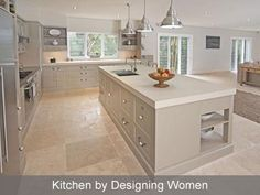 Having a modern kitchen design is an interesting point especially when we are cooking. To make the old kitchen design to be modern need kitchen remodelling. Open Plan Kitchen Living Room, Home Decor Kitchen, Kitchen Interior, New Kitchen, Awesome Kitchen, Kitchen Ideas Square Room, Kitchen Diner Lounge, Kitchen Ideas 2018, Open Plan Kitchen Diner