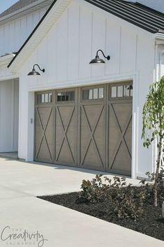 Modern Farmhouse Exterior Garage Close Up #farmhouseinterior #ExteriorDesignColor
