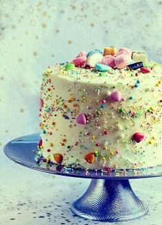 Hundreds and thousands #cake #baking #decorating
