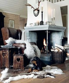 Impressive corner country style fireplace via Home & Cottage.