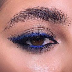 Hazel Eye Makeup, Applying Eye Makeup, Makeup Eye Looks, Eye Makeup Art, Blue Eye Makeup, Skin Makeup, Eyeshadow Makeup, Hazel Eyes, Makeup Brushes