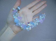 #handmade #giftideas Clear bracelet Chunky bracelet Charm bracelet Clear charms Sparkly Pastel bracelet bracelet Gift for… #etsy #etsymntt