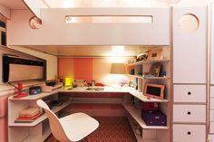 casa kids workspace under loft