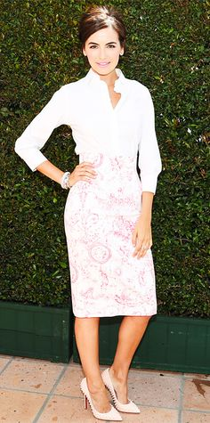 Look of the Day - April 24, 2014 - Camilla Belle in Carolina Herrera from #InStyle.  Classy.