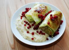 Vegan cabbage rolls with celeriac and parsnip puree Parsnip Puree, Celeriac, Vegan Cabbage Rolls, Vegan Recipes Easy, Vegetables, House, Food, Easy Vegan Recipes, Home