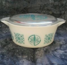 Super Rare Pyrex 475 Turquoise Hex  casserole and lids sells for $2050 3/15/15