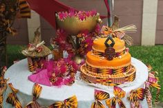 Related image - Decoration For Home African Traditional Wedding Dress, Traditional Wedding Decor, Traditional Cakes, Engagement Decorations, Wedding Decorations, Wedding Themes, Wedding Events, Wedding Ideas, African Wedding Cakes