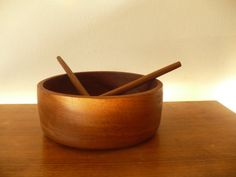 Home: The Vintage Kitchen : Etsy Style  (via Mid Century Modern Teak Salad Bowl and Utensils by embeehat)