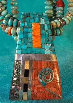 Mary C Lovato, Santo Domingo Pueblo. Not polymer clay but something similar could be done in the clay. Love the design and Turquoise Ethnic Jewelry, Indian Jewelry, Jewelry Art, Beaded Jewelry, Silver Jewelry, Jewelry Necklaces, Handmade Jewelry, Jewelry Design, Jewelry Ideas