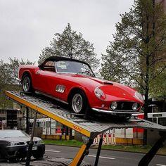 #Ferrari #Classic #Convertible #Cabrio #Klassiker #Oldtimer...