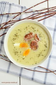 Zupa chrzanowa z białą kiełbasą Soup Recipes, Keto Recipes, Healthy Recipes, Recipies, Vegan Runner, Vegan Gains, Polish Recipes, Easy Food To Make, Food And Drink
