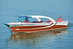 Classic Minnesota Part Lake Minnetonka – More Than A Century Of Boating History Classic Boats For Sale, Classic Wooden Boats, Old Boats, Small Boats, Chris Craft Wooden Boats, Ski Nautique, Wooden Speed Boats, Runabout Boat, Boat Lift