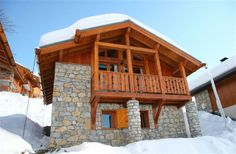 2 Bedroom Chalet in Vallandry-Les Arcs to rent from £420 pw, within 15 mins walk of a Golf course. Also with balcony/terrace, Log fire, TV and DVD.