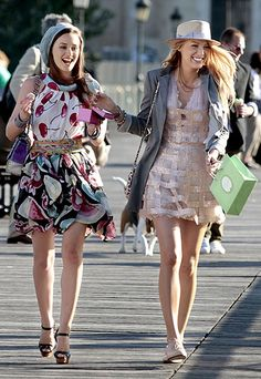 Gossip Girl STYLE PROFILE When a show centers on Manhattan life, there's a good chance you'll see some fashion. Blair Waldorf (Leighton Meester) and Serena van der Woodsen's (Blake Lively) trendy mixed prints and couture frocks bring as much drama as their peers on the Upper East Side. The entire gang shows off any girl's style wish list week to week, compliments of star stylist Eric Daman.