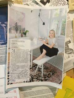"""Tytti-Lotta Ojala kertoo omasta tavasta työskennellä Divaani-lehdessä. """"Kaipaan työskennellessäni omaa rauhaa, mutta en välttämättä omaa tilaa."""""""