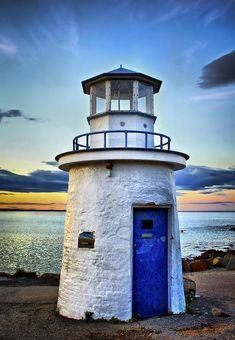 ✮ Miniature Lighthouse - Marginal Way - Ogunquit, ME