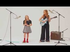 These two girls are AMAZING. Lennon & Maisy Covered Charli XCX's 'Boom Clap,' And It's Totally Picture Perfect