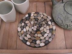 Gabulle in Wonderland: Dessous de plat en galets pour maman nature et zen