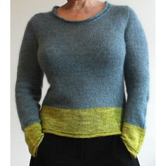 Simple and straightforward knitting with bold colour blocks and simple, pleasing lines – Simple!Now available in German – auf Deutsch! – and ItalianYou'll knit with the Åsa Tricosa Ziggurat Top-Down Tricnique (inspired by Tuulia's Tailored Sweater Method but knitted in one go).Simple begins with a cast-on for back and shoulders and is then knit all in one go from top to bottom with some little zigging and zagging, producing nicely tailored shoulders, a curved neckline, and a slightly fitted…