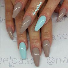 ❤ Coffin nails! Love the color combo. #nailart #nailswag #nailstagram