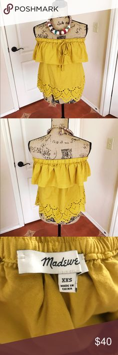 Madewell off the shoulder top Beautiful top in perfect condition! Size xxs but can fit up to a medium in my opinion as the top part is elasticized to fit over the shoulders and the top itself is loose fitting  ❌ NO TRADES Madewell Tops
