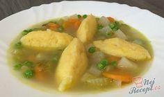 Zeleninová polévka s krupicovými knedlíčky