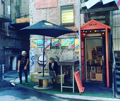 You won't find this funky #coffee spot unless you like walking down Brisbane's dingy alleyways but it's worth finding. Bean off George Street Brisbane. #brisbaneanyday