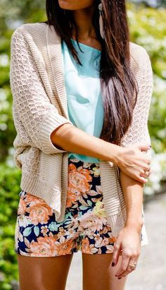 Floral shorts, blue top, neutral cardigan #summer #beach