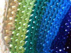 Bolso de playa | Fabricando Arte  Trapillo Ganchillo Crochet Handmade Arcoiris