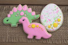 Dinosaur Cookies // Dinosaur Party Favors // Dinosaur Sugar Cookies // Girl Dinosaurs // Dinosaurs for Girls // Girl Dinosaur Party Favors by GuiltyConfections on Etsy https://www.etsy.com/listing/511076445/dinosaur-cookies-dinosaur-party-favors