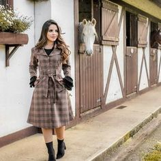 Classy Outfits, Stylish Outfits, Cute Outfits, Fashion Boots, Fashion Outfits, Womens Fashion, Jw Moda, Church Fashion, Looks Chic