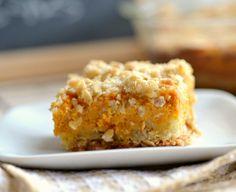 Pumpkin pie cheesecake streusel bars