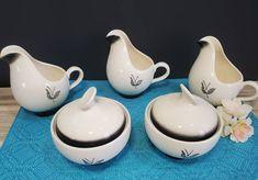 Atomic Era Sugar Bowl and Creamer 5 Piece Set Chip And Dip Bowl, Sugar Bowls And Creamers, Vintage Box, 1950s, Farmhouse, Etsy Shop, Tableware, Dinnerware, Rural House
