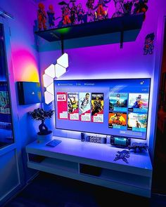 room design What is your favorite game this year? Small Game Rooms, Tech Room, Mundo Dos Games, Gaming Room Setup, Desk Setup, Bedroom Setup, Video Game Rooms, Game Room Design, Gamer Room