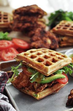 Fried chicken and waffle sandwiches with bacon cheddar and green onion waffles. Oh man… Whole new way to have chicken and waffles Fried Chicken And Waffles, Fried Chicken Recipes, Grilled Chicken, Avocado Chicken, Onion Chicken, Glazed Chicken, Chicken Wings, Food Porn, Tasty