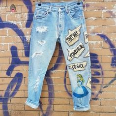 🌟 Levis e non, selezionati con cura per te ❣️  🌹 Prezzi, info e taglie: dream-shop.it/leggings-pantaloni-stretti.html