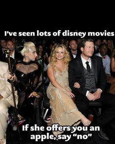 Miranda Lambert and Blake Shelton sitting beside Lady Gaga!! Lol